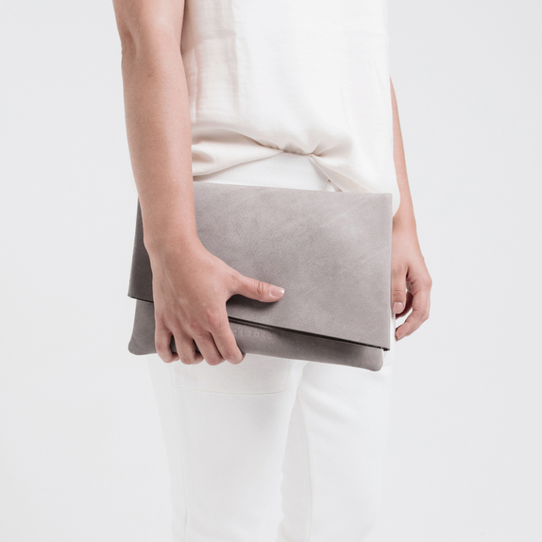 The Fold | Leather clutch